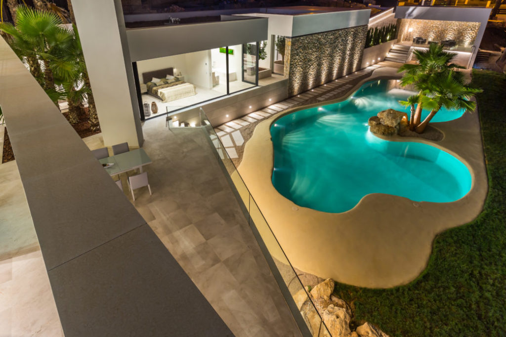 Spectacular designer villa with lagoon pool and beautiful ...