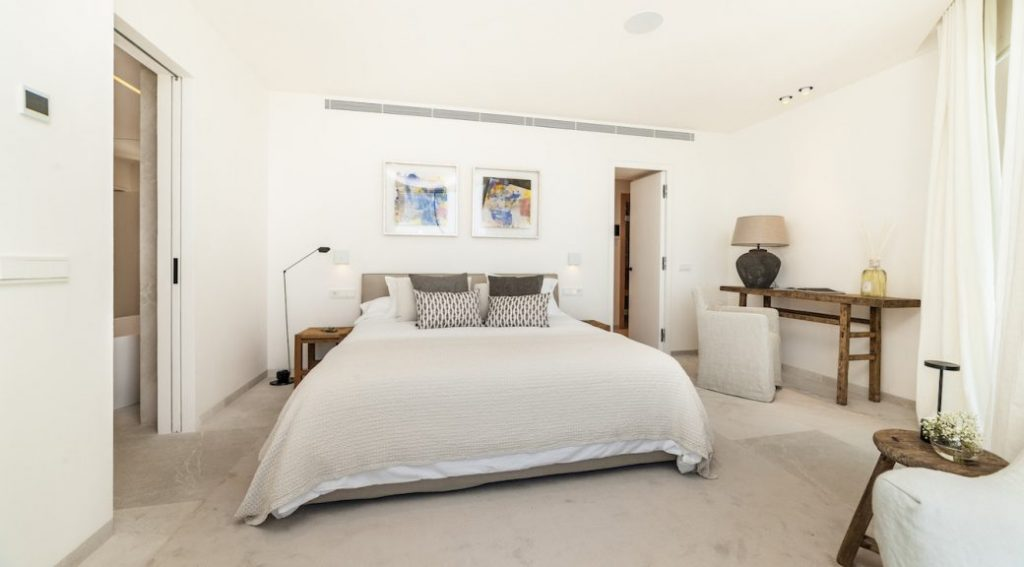Immobilie des Monats Oktober 2019 – Villa am Meer mit Traumblick