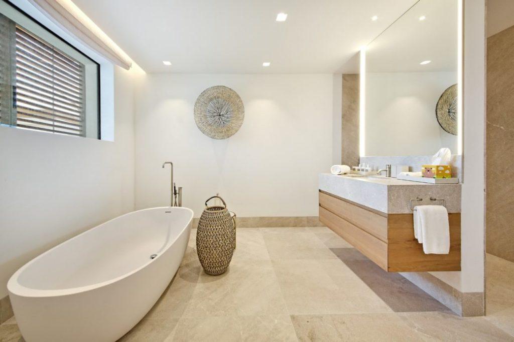 Villa in erster Meereslinie in Santa Ponsa – Immobilie des Monats Juli 2021