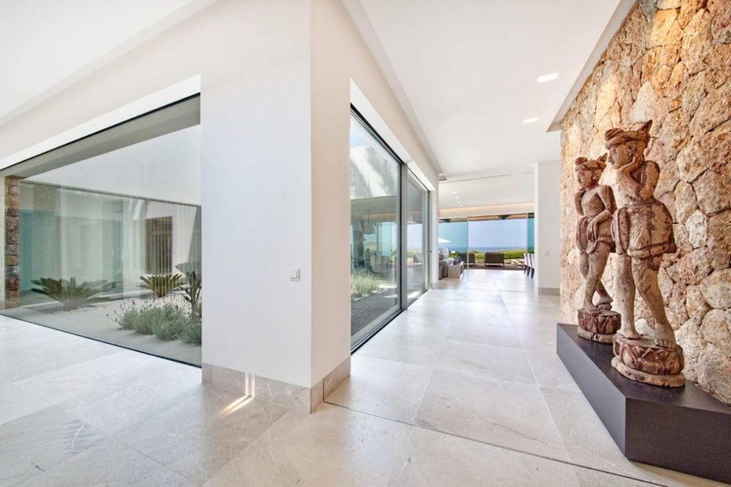Immobilie des Monats Juli: Eingangsbereich